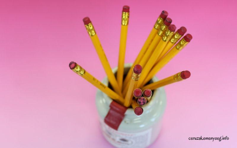 Grafit ceruza rajzoláshoz