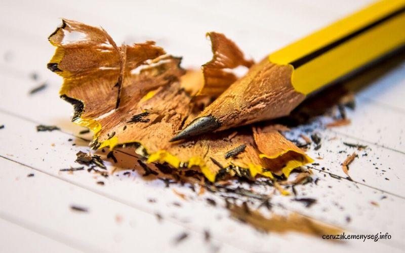 Mit jelent a grafitceruza keménysége?